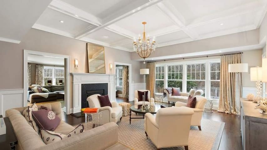 New Listing: Professionally Decorated Estate, Luxe Furnishings & Vast Yard w/ Heated Pool & Tennis