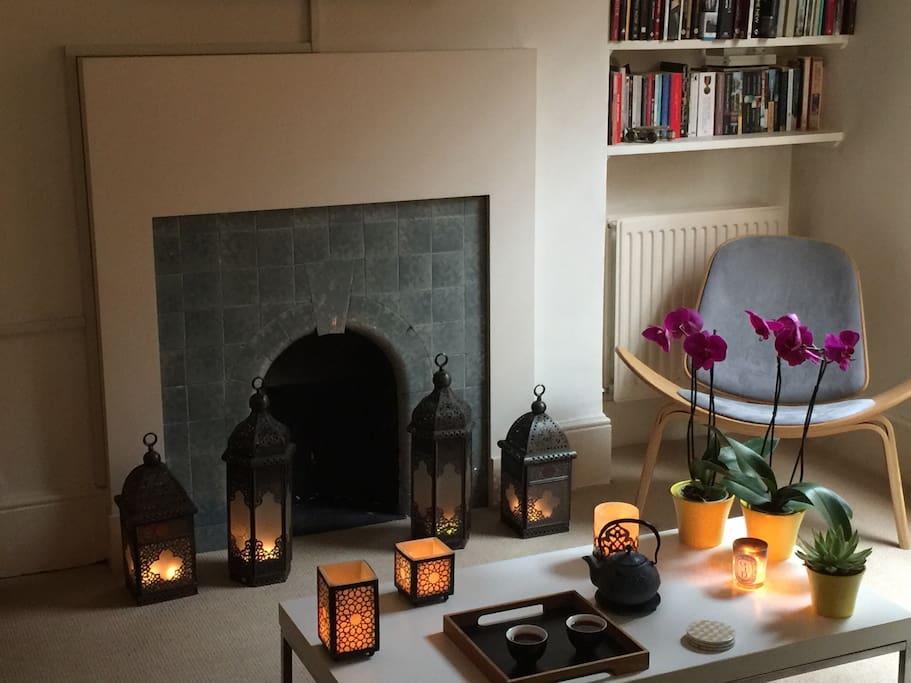 Candle light tea time