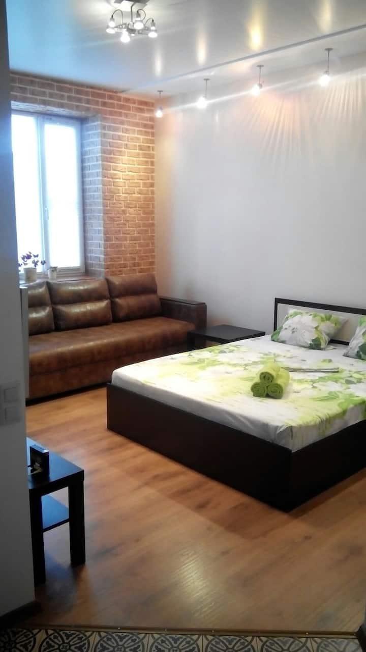 Отличная 1км.квартира в Центре, пр.Ленина 44.