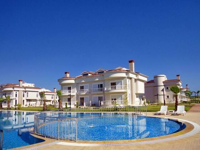 Belek Golf Village Villa J1 - Kadriye Belediyesi - House