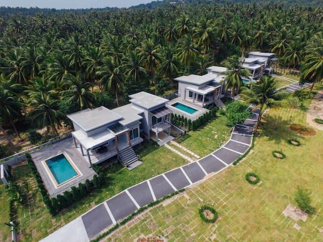 Baan Thanompol villas