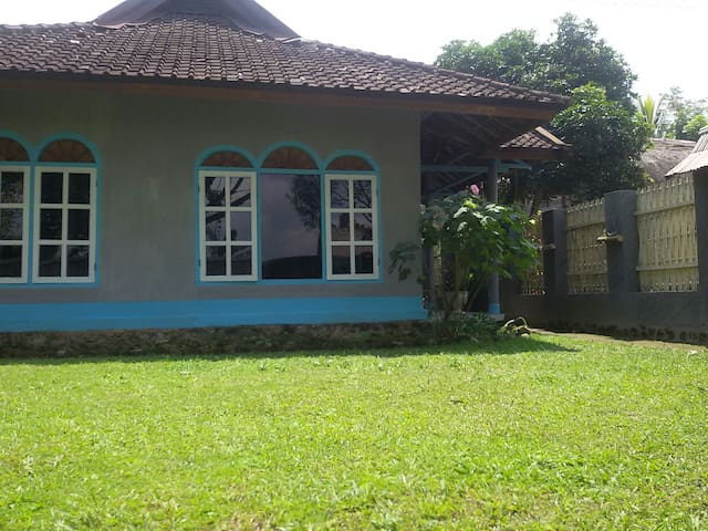 Cendrawasih private house