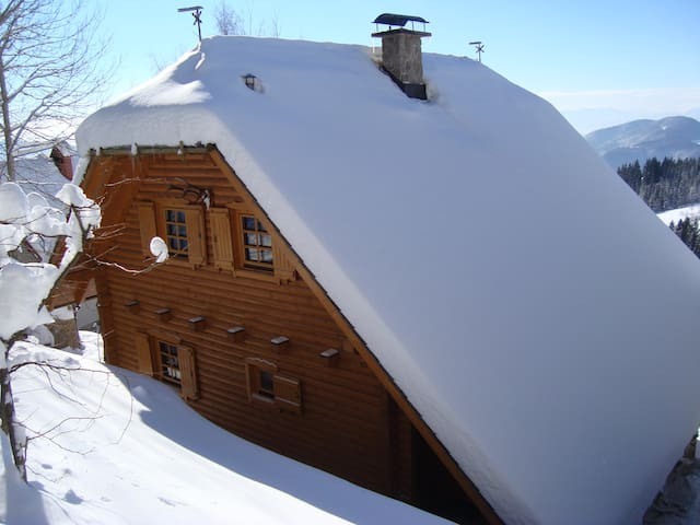 Charming chalet in Rogla area - Hudinja