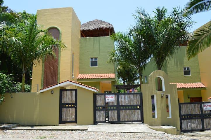 Villas edén - Casa Iguanas - La Peñita de Jaltemba