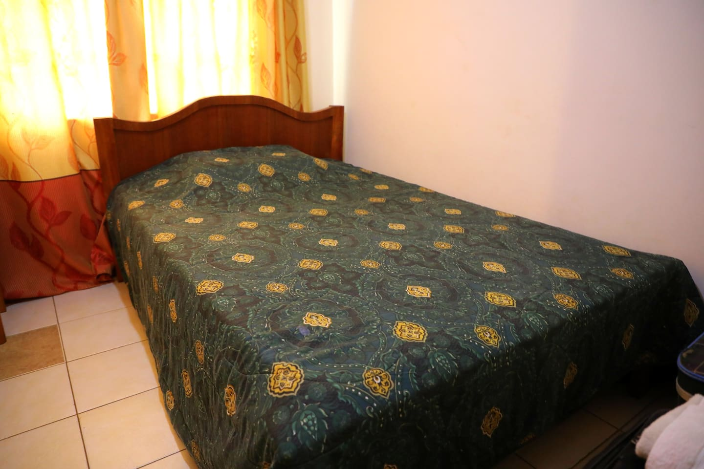 Private Bedroom available for booking with access to all amenities in the household.