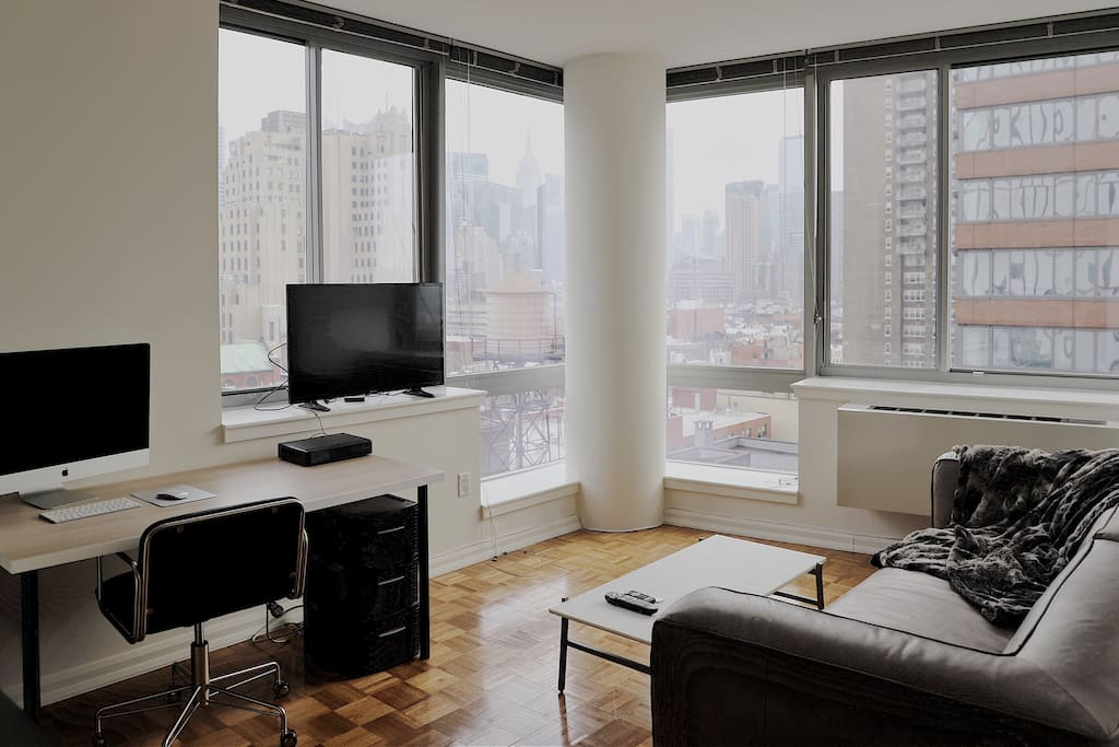 Large luxury 1 bed near times square central park for Hell s kitchen luxury apartments