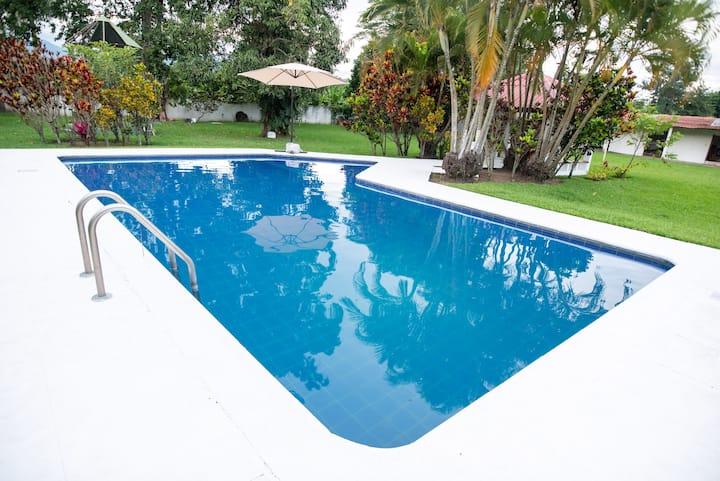 The Lake House Villa Canales/Amatitlan