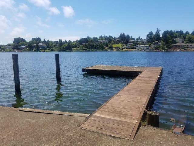 Enjoy the Lake With Your Own Private Dock and Beautiful Waterfront Views!