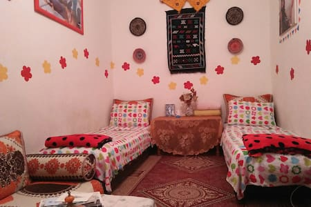 Siham's house-A family stay in the heart of Medina