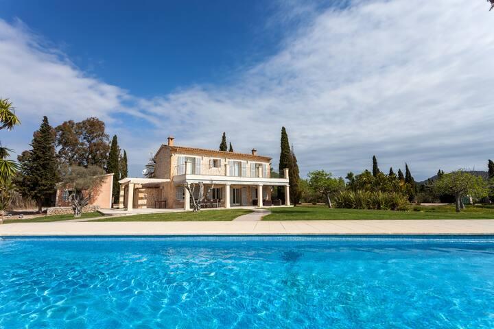 Luxury Villa in Canyamel near Beach and Golf - Canyamel - Villa