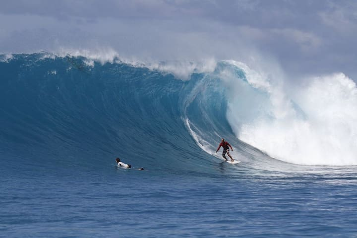 Mentawai Ebay Playground Surfcamp - Padang