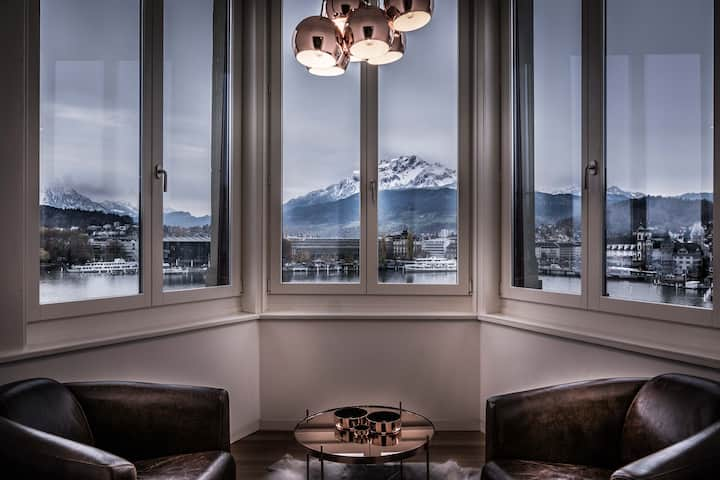 Cozy Apartment With A Panoramic Lake View 2A