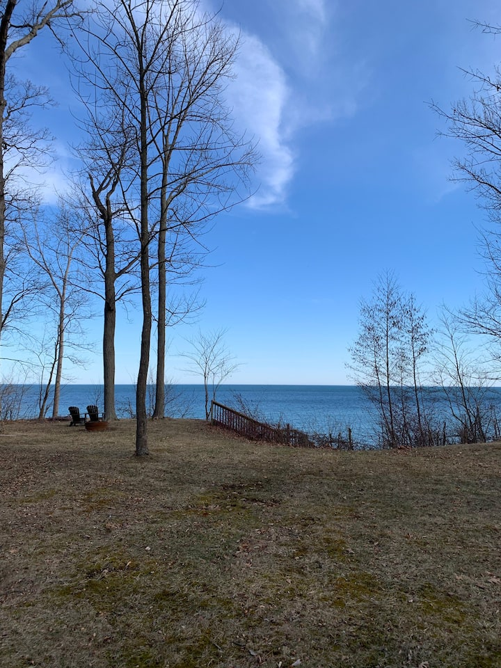 Lakefront cottage, Youngstown USA-No cleaning fee!