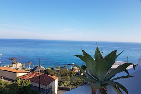 Double room sea view 2mins beach - Tropea - Andere