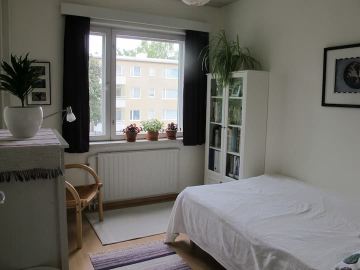 Private bedroom and bathroom in Eastern Helsinki