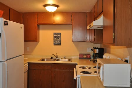 Casa Del Sol Apartments - Bullhead City