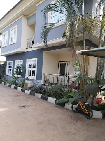 Luxury 2room apt in gated estate with top security