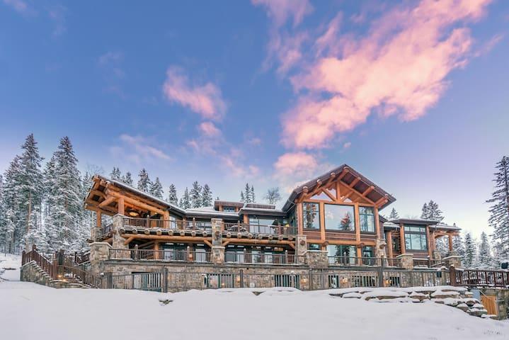 Autumn Ridge - 11BR Estate Incredible Amenities - Mountain Village - Haus