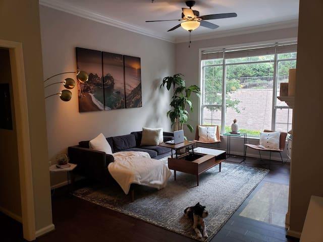 Private bedroom near Braves stadium