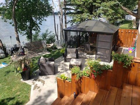 Maison au bord de la rivière Richelieu.Quai privé