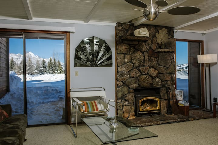 Jackson Hole 3 Bedroom in National Park W/ Views - Jackson Hole - Kondominium