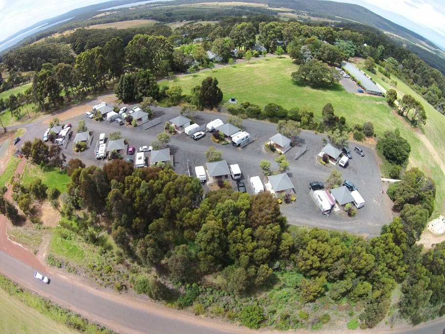 An aerial view of the motel suites up on the ridge, also shows our caravan park in the foreground.