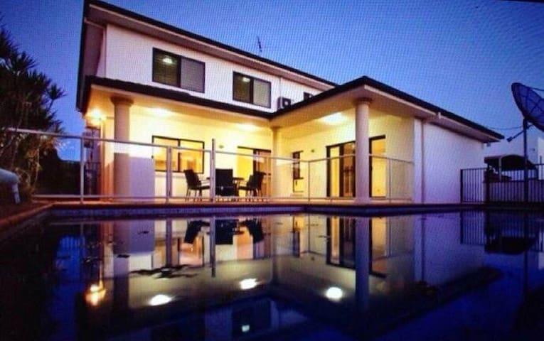 豪宅单间卧室出租 独立卫浴 环境高端