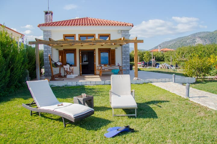 Luxury Villa located on the beach of Epidavros - Epidavros