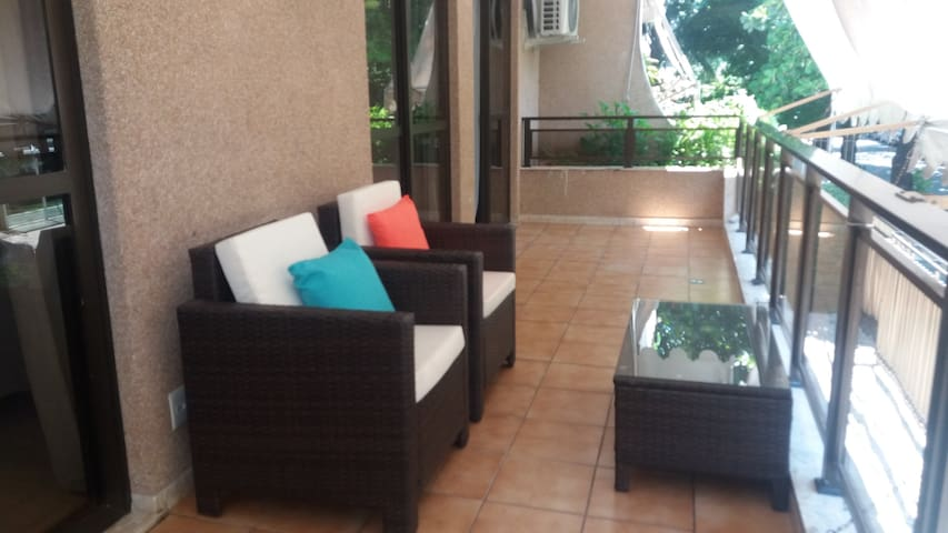 Apartamento dois quartos - Jardim Oceânico