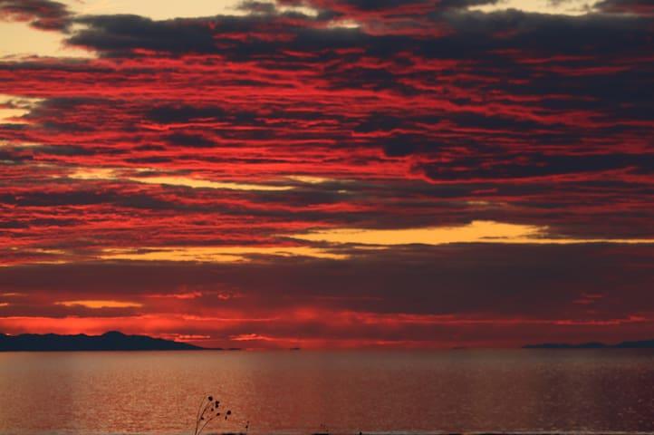 Gorgeous place near Antelope Island!