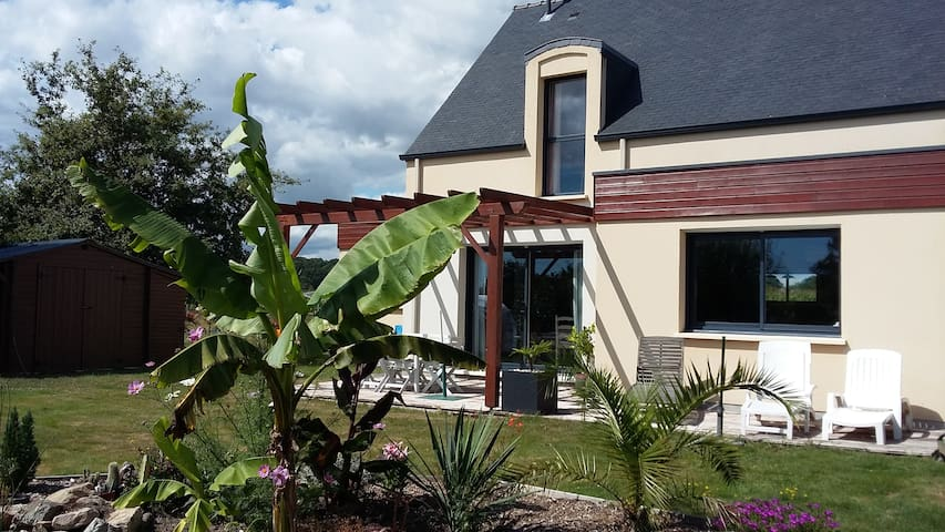 Vannes et golfe du Morbihan à proximité - Theix - 一軒家