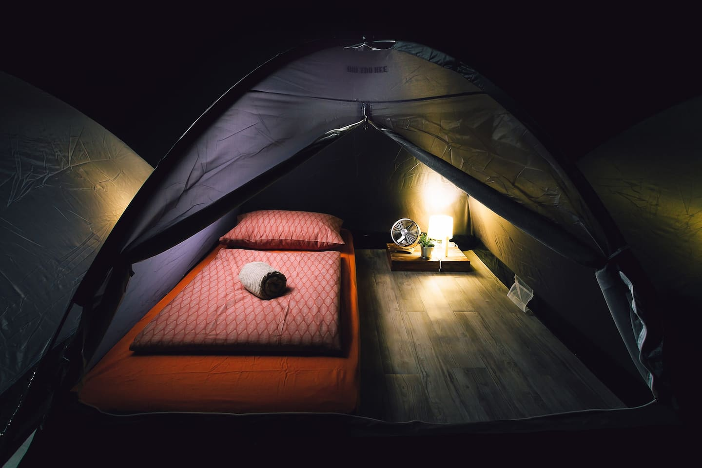 Private room in tent (mixed gender dormitory)