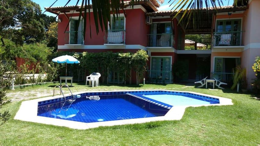 Lindo condominio com piscina à 100m da praia! - Porto Seguro - Lägenhet