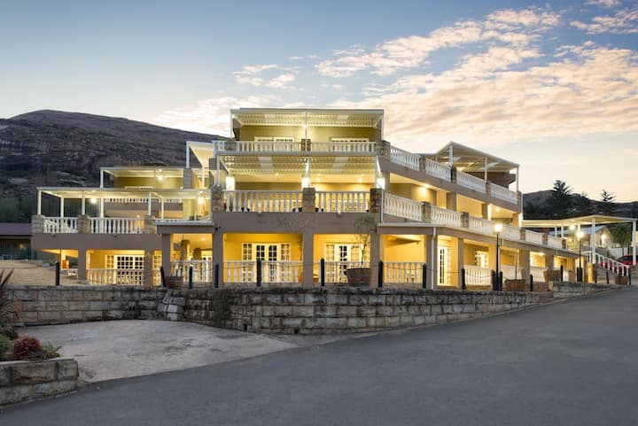 Mont d'Or Clarens Executive Suites