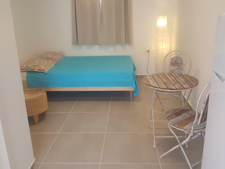Eilat Studio Vacation 275 NIS per night / 2 Guests