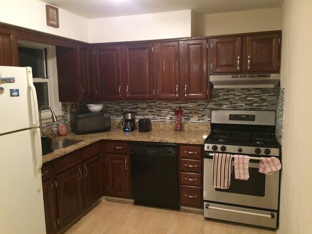 1BR Apt, in historical Morristown - Morristown