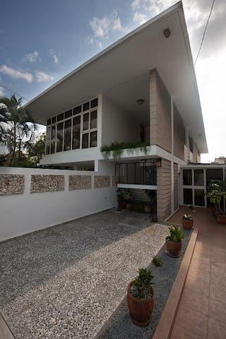 ALVA HOUSE - La Habana - Hus