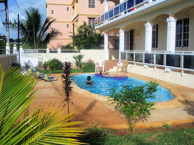 FITA RESIDENCE-spacious-seaview-pool-wifi-SECURITY