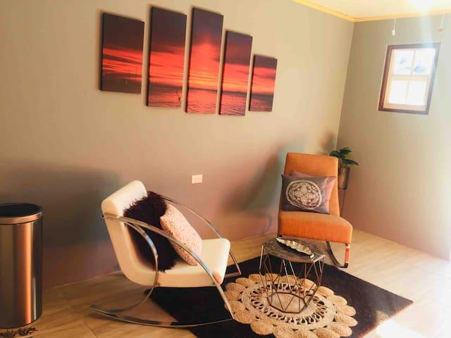 Sunset room | sunny patio | 6-star hospitality