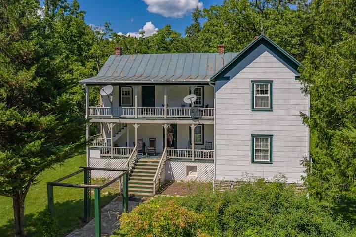 The Cottage at Springwood