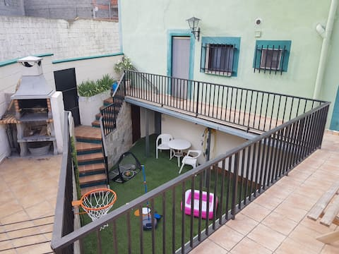 Conoce Teruel y Dinópolis en Casa Clemen