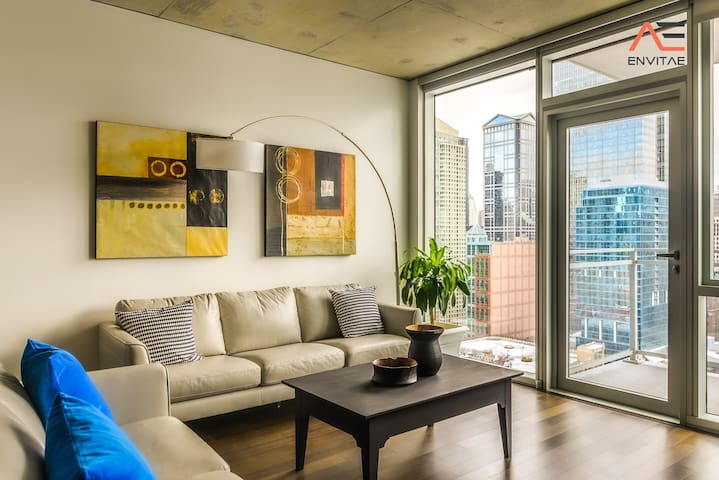 FREE PARKING IN BUILDING | 2BR Modern Glass Loft w/ In&Out Parking, Pool, Gym and Balcony by ENVITAE
