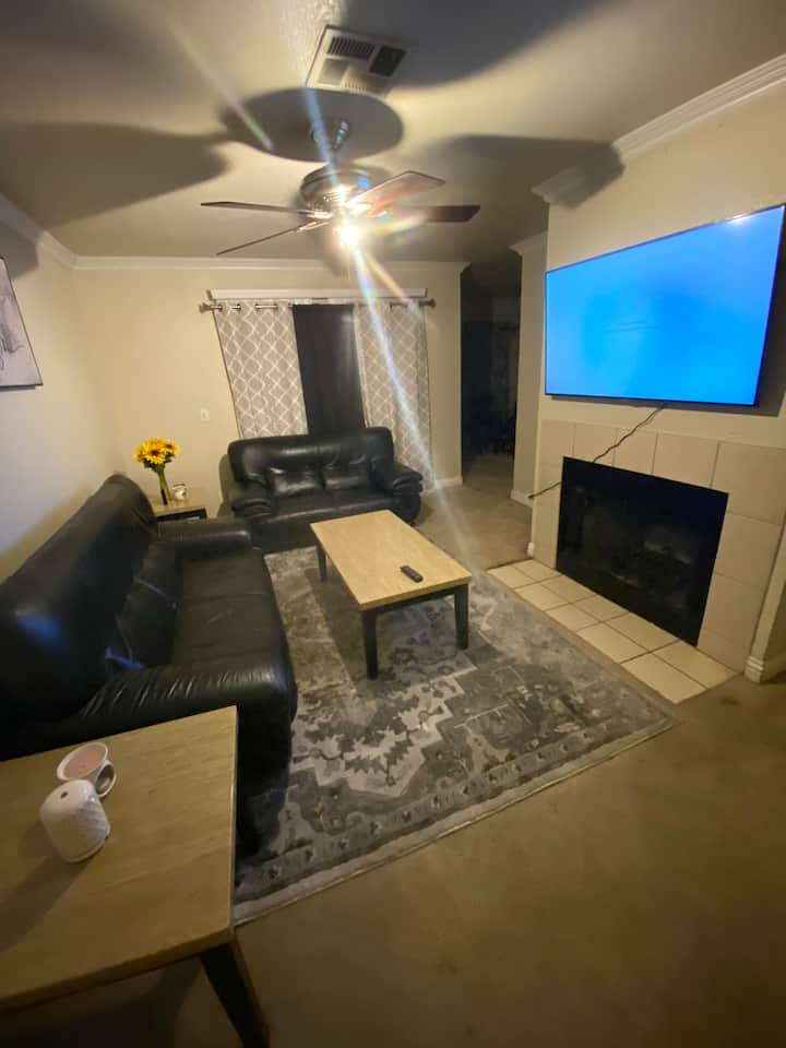 Check in and out flexible cozy apartment !