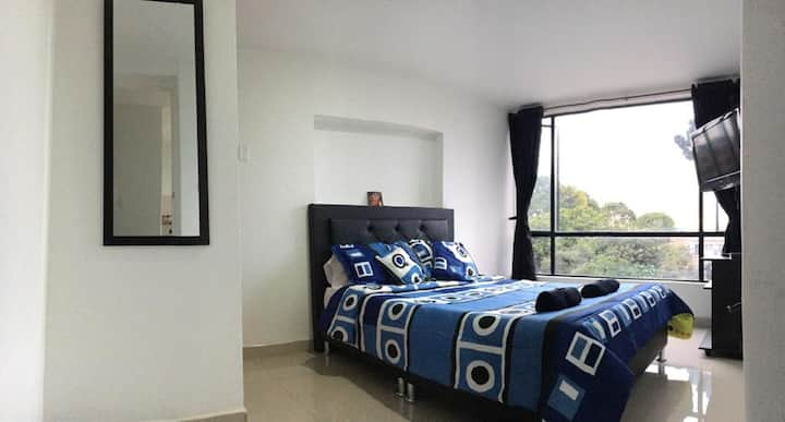 Amazing street view apartment in great location!!