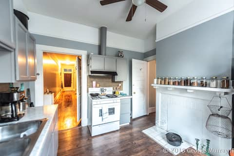 Historic Arts and Crafts Duplex In DownTown Macon
