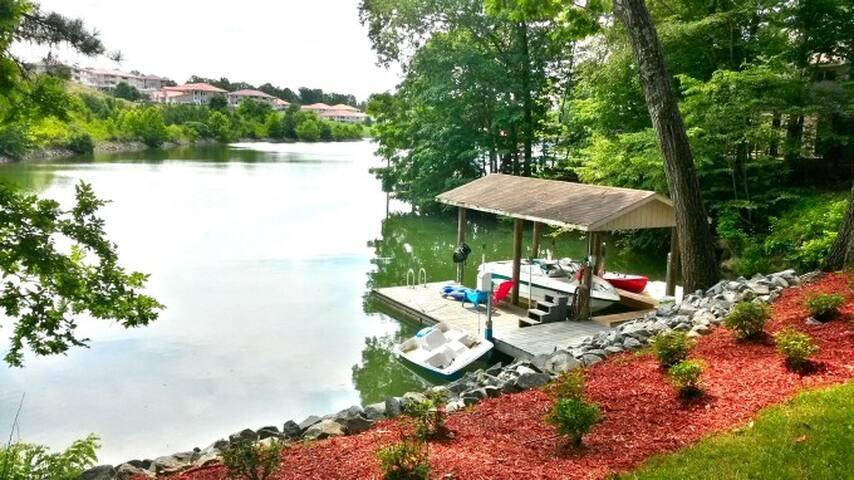 Family Funtastic: Wifi, Kayaks, Hot Tub, Blue Bros