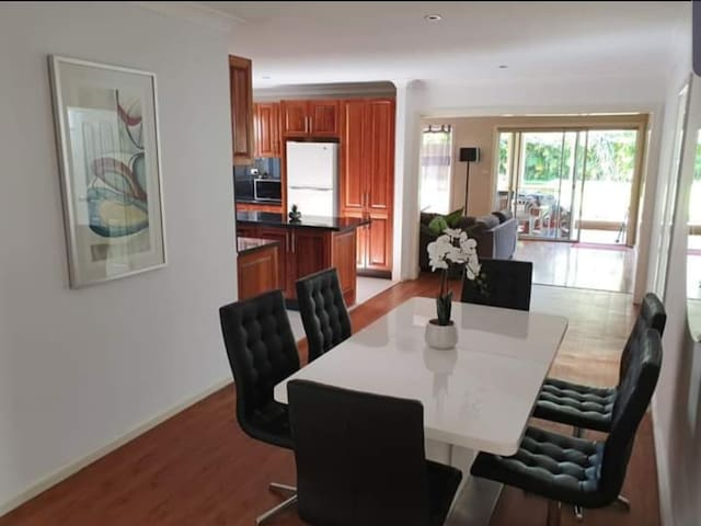 Private Room For 2 in Carlton