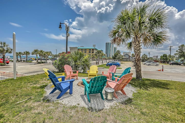 NEW! Beach Studio, Walk to Boardwalk & Ocean Blvd!