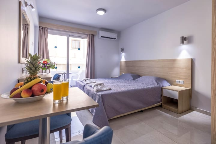 Paul Marie Hotel Apartments Studio 121