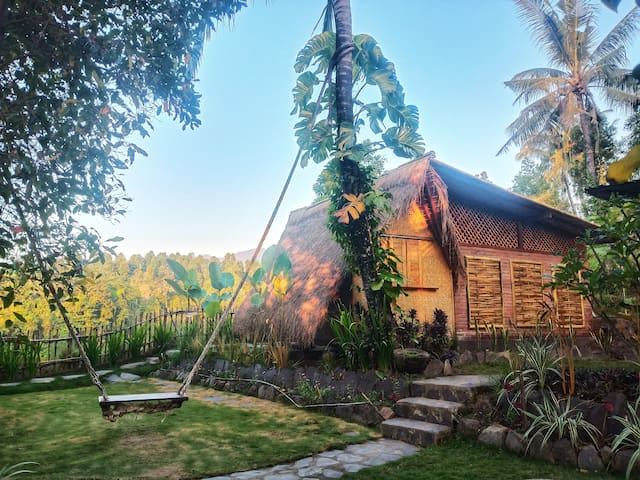 Eco Hut By Valley and 7 Waterfalls In North Bali
